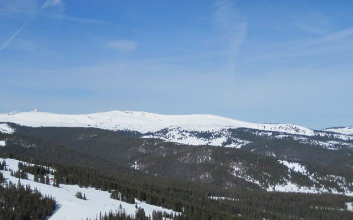vail pass skiing